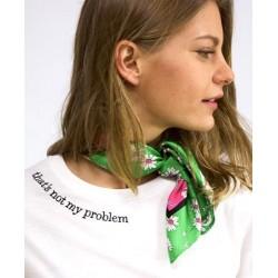 Camiseta Blanca Malakita Bordada Thats not my problem Graphic tees
