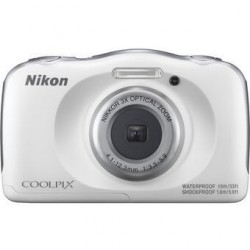 Cámara Nikon Coolpix W100 13.2MP a Prueba de Agua/golpes/congelacion